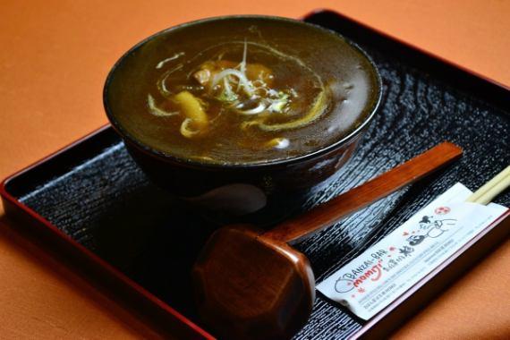 Yubari咖哩蕎麥麵(帶飲料)