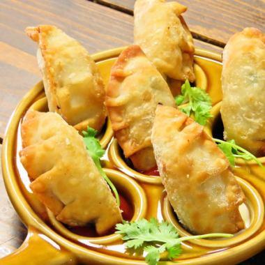 アンチョビ&ポテト餃子