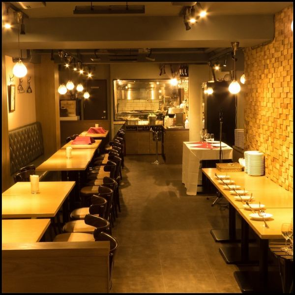 【Calmly relaxing space】 The interior side of the shop is fully equipped with comfortable sofa seats.It is a space that you can relax for all visitors.I think whether you can enjoy your meal relaxedly.We are also holding a private party and so on, so please feel free to contact us at corporate banquet / second party etc. ◎.