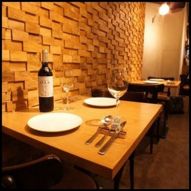 【Date and Girls Association】 We also have seats for 2 people who can relax slowly with their 2 persons.It is also recommended for celebrations of loved ones, such as anniversaries and birthdays.Enjoy delicious authentic Spanish cuisine and sake.When searching for a shop at Shimbashi, Toranomon, Uchiwaicho, please go to our shop ♪