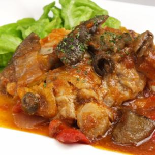 Simmered chicken peppers with tomato