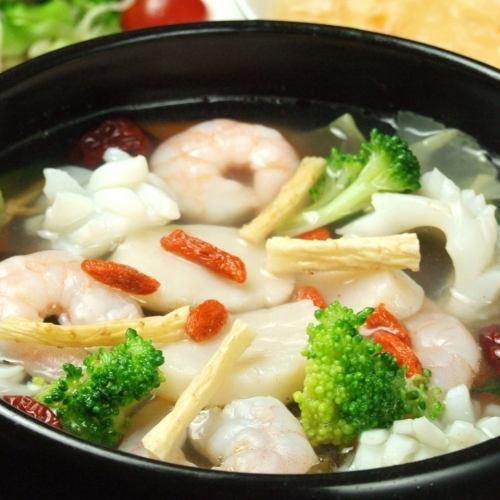 薬膳海鮮鍋