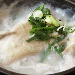 ビビまる名物 漢方緑豆サムゲタン