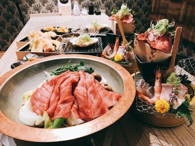 Monday only limited benefit 【Over 15 people Kuroge Wagyu Beef Sukiyaki / Tempura / Sushi】 5000 yen course ★ Drink Alligator