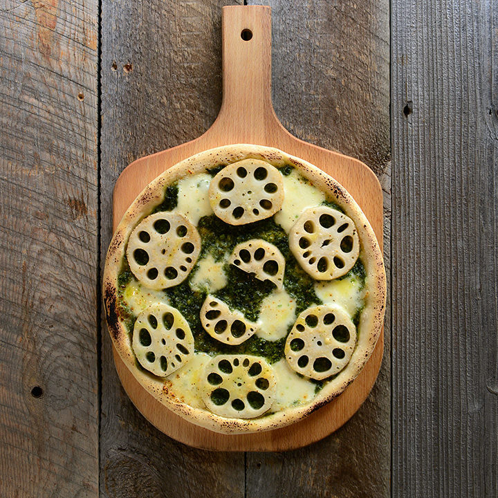Thick cutting lotus root raw seaweed Genovese pizza