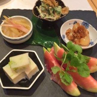 Five kinds of seasonal appetizers