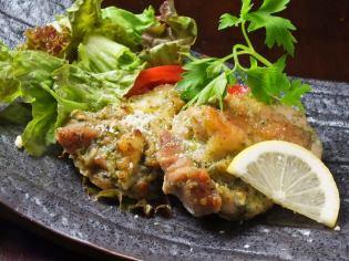 香草芬芳的熱那亞式雞肉燒烤