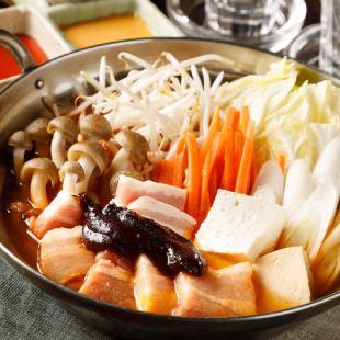 『選べる鍋3種類含む全112種食べ飲み放題コース』《3時間2980円》◆新しいもの好きに♪