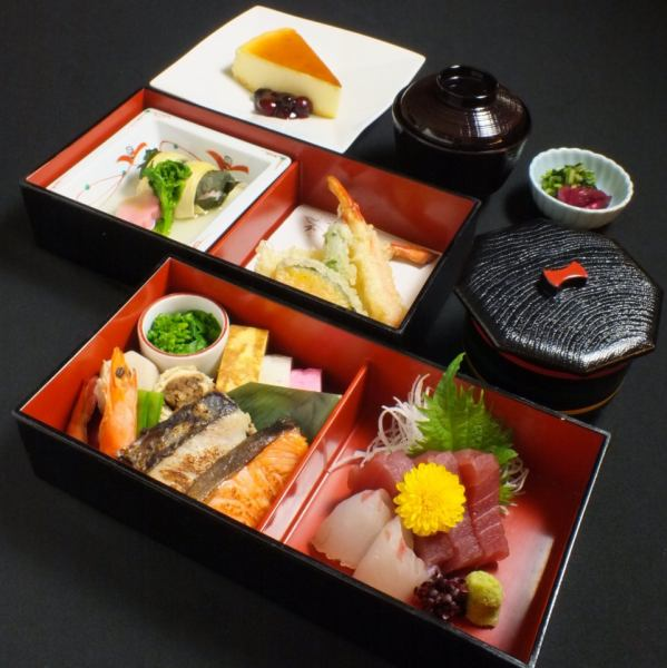 昼宴会、大人宴会におすすめの2段弁当★3000円でお気軽にプチ宴会もOKです!!