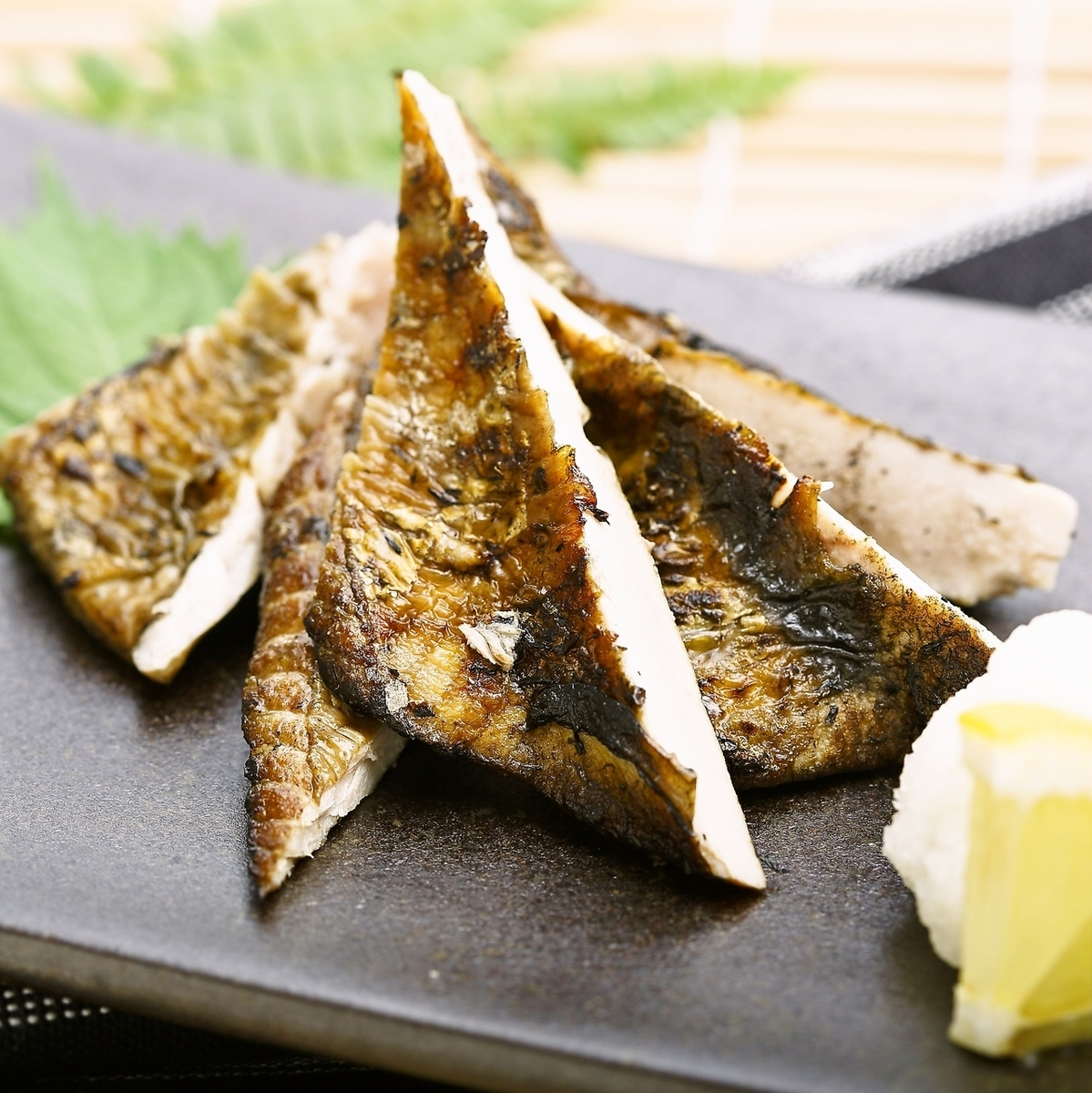 鲣鱼的秸秆烤的hormos