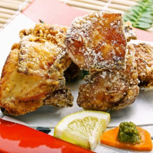 Deep fried chicken with chicken with bone