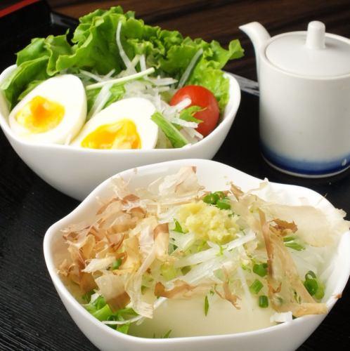 Radish salad (back) / tofu salad (front)