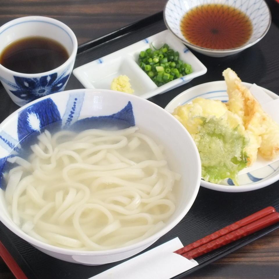 Chuku tama udon noodle 900 yen tax excluded