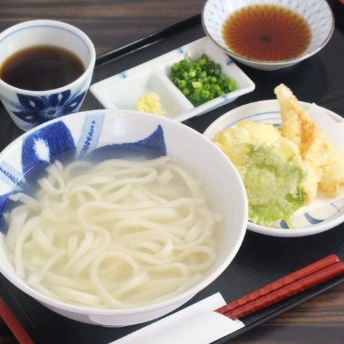 Chikutama Udon Yudame 900 yen excluding tax