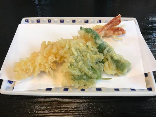 Large plump shrimp tempura 6-8 size