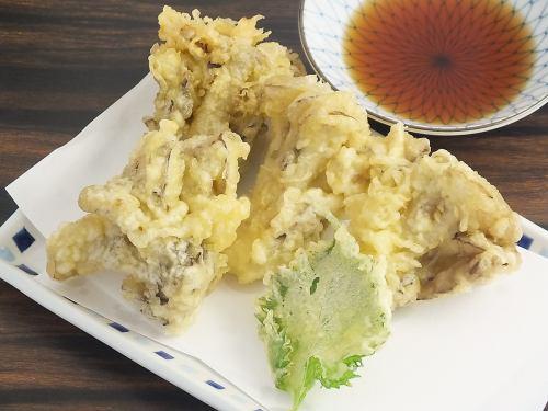 Fragrant Maitake Ten (4 to 5 pieces with perilla)