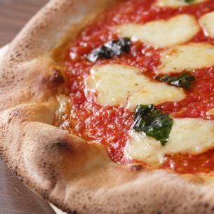 トマトとバジルのピッツァの定番 マルゲリータ