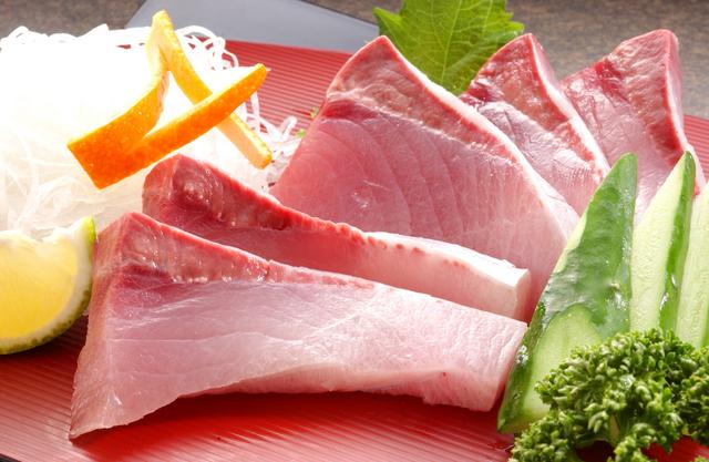 什錦生魚片(3個品種)