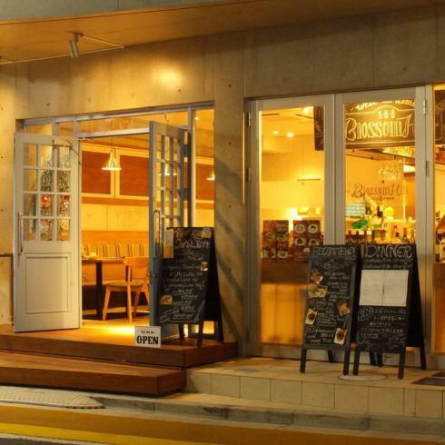 [ナチュラル]な雰囲気で楽しむ、身体に優しくヘルシー&美味しい絶品『肉』料理のお店