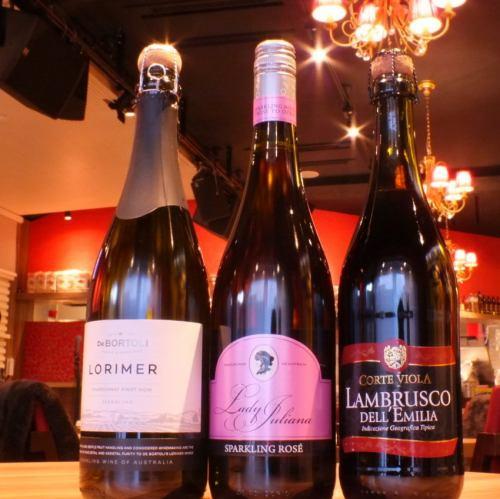 ≪ソムリエがいるからワイン選びも楽しい!≫