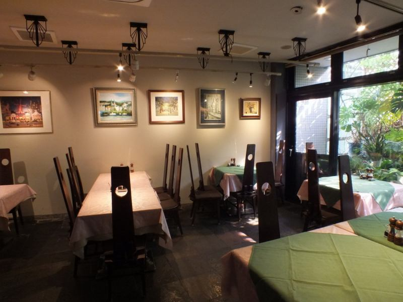 It is also popular with organizations! Chef's Random Course and all-you-can-drink plan will make everyone a happy drinking party! You can rent from 20 people (up to 26 people). Please contact us.