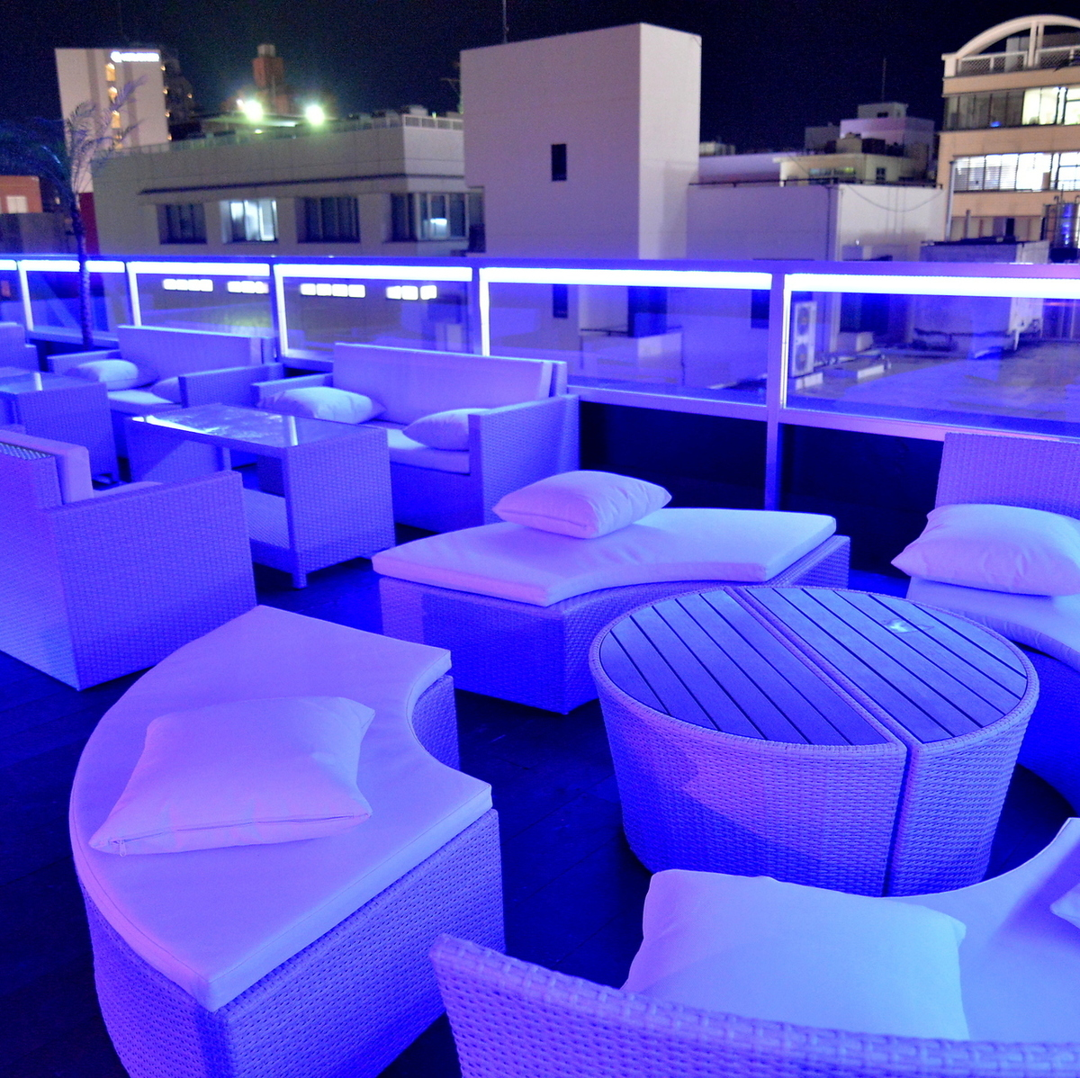 Rooftop party space