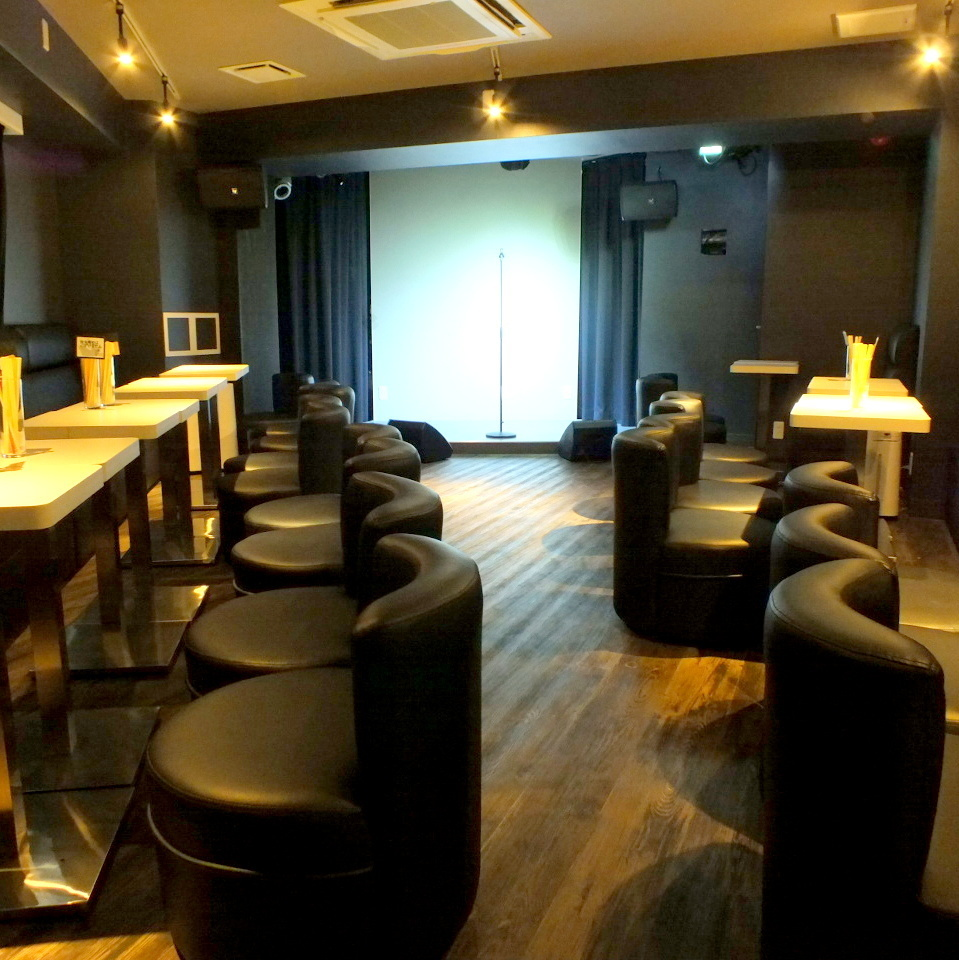 Second floor seats are show spaces.Mainly holding a monomous show, but you can use it as a party room ☆ 20 people - charter OK ◎ projector complete! Sound equipment complete! Recommended for banquet ☆ 【Private room Machida drinking all you can for birthday charter】