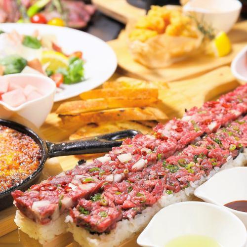 50cmの特大ユッケ寿司☆
