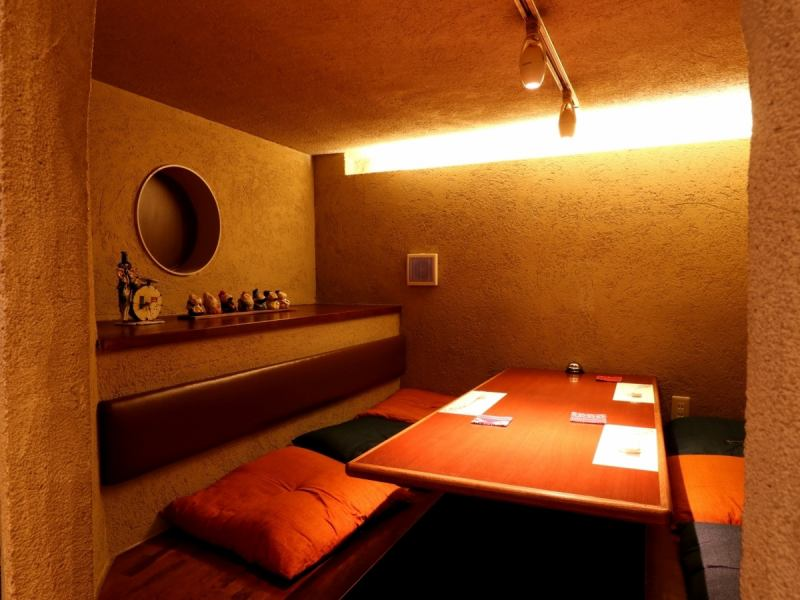 In the Kamakura private room, you can relax relaxedly without worrying about the surroundings.