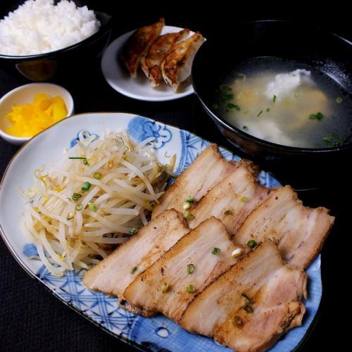 Grilled pork set dumpling set