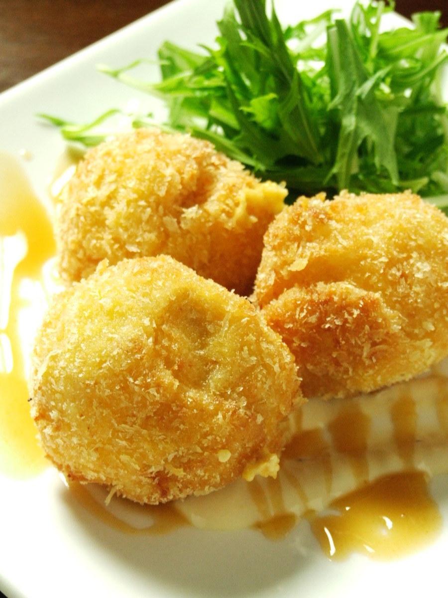 Handmade !! Concentrated sea urchin cream croquette!