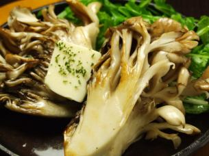 愛別 산 특대 마이 버섯 (버터 스테이크 or 튀김)