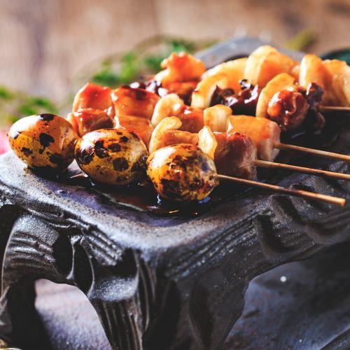 室蘭焼きを大宮で。殻ごと食べるうずらの串焼きに注目!