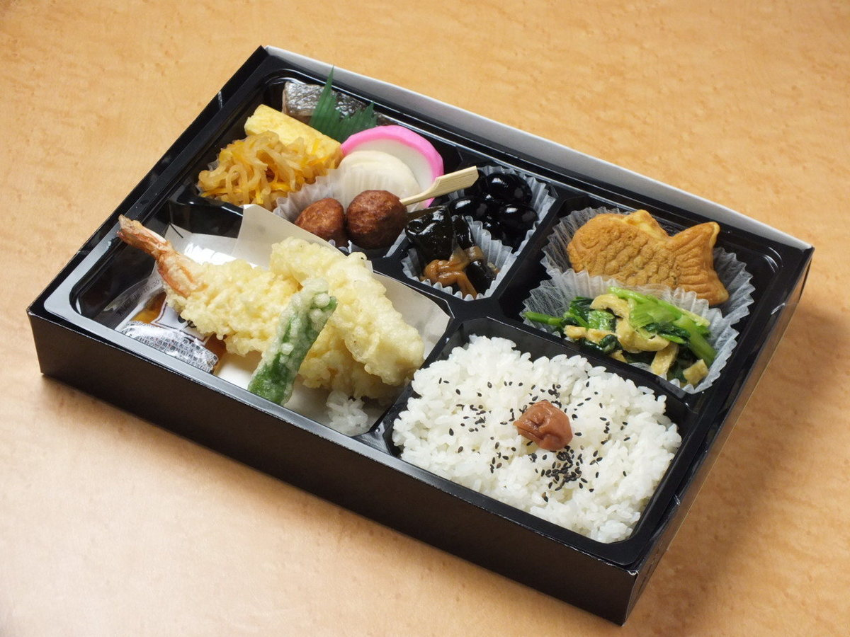 Tempura box lunch 【reservation · delivery will be accepted】