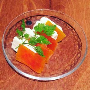 天然鱼卵和奶油奶酪