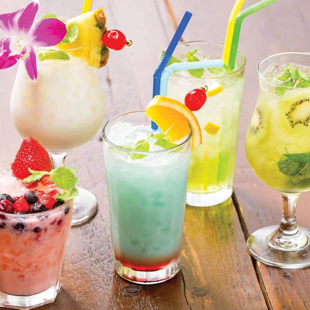 Many original cocktails ♪