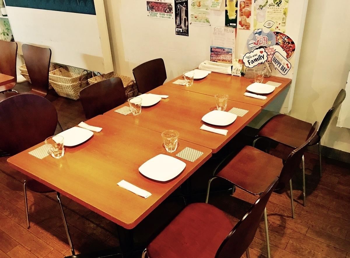 6 인용 테이블 석은 인원수에 맞게 레이아웃 변경도 가능합니다 ☆ 고객의 요구에 맞게 유연하게 대응하겠습니다.부담없이 말씀을 나눔주세요!