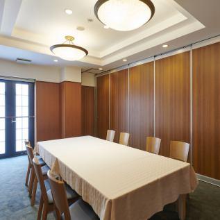 【2階 洋室】完全個室。ゆったりとした空間をご提供。 約16名様まで、おくつろぎ頂けます。