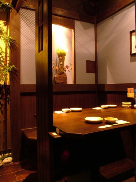 There is a private room with 2 to 8 people and even a small number ☆ Recommended for dates and gongs ◎
