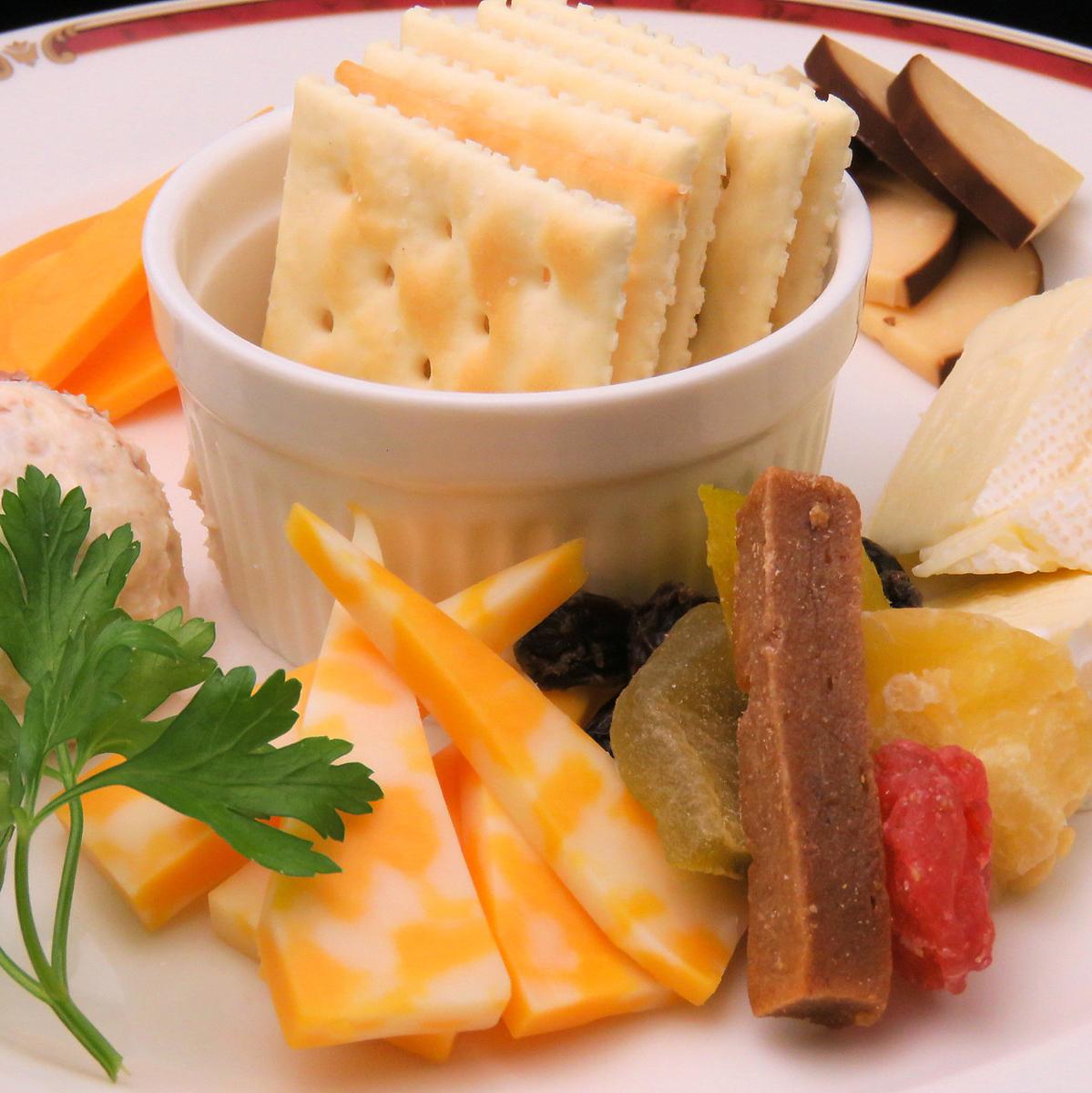 おすすめチーズ 5種盛り