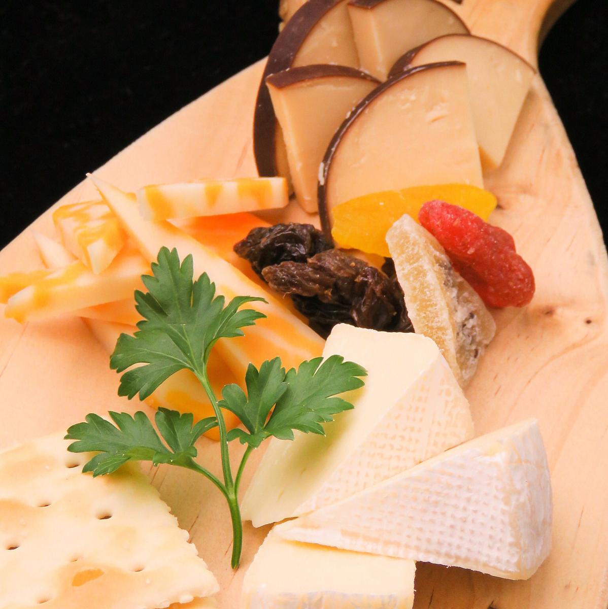 おすすめチーズ 3種盛り