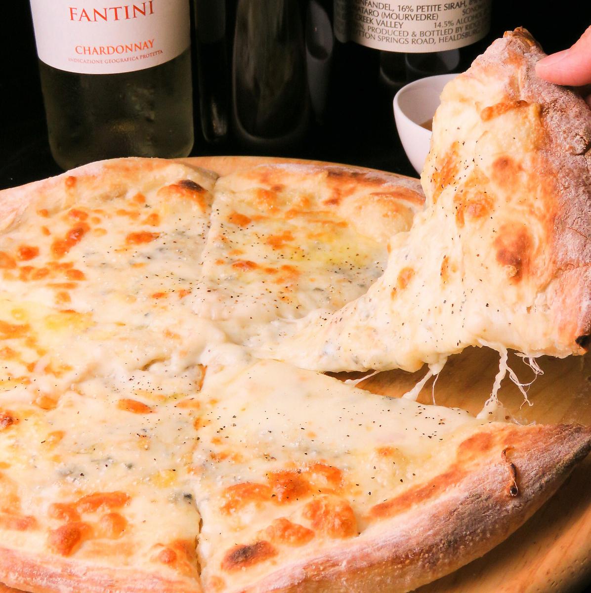 ハニーゴルゴンゾーラのピザ