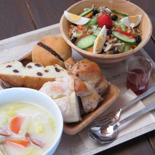 ※予約限定※≪農園ランチセット≫パンとサラダとスープ