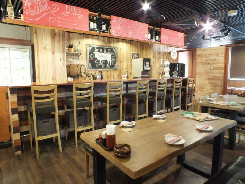 【★ Maximum of 45 people ok ★】 Perfect for large banquets such as company banquet and future party party, New Year's party etc. (when sitting) 20 people (at the time of sitting) It is possible to accommodate up to 50 people! In Sayama city If you are looking for 【drinking party / party / girls party / birthday party / date / family /】 【determined by meatbar NIKUZUKI】 ♪ I am waiting for you visiting us ☆