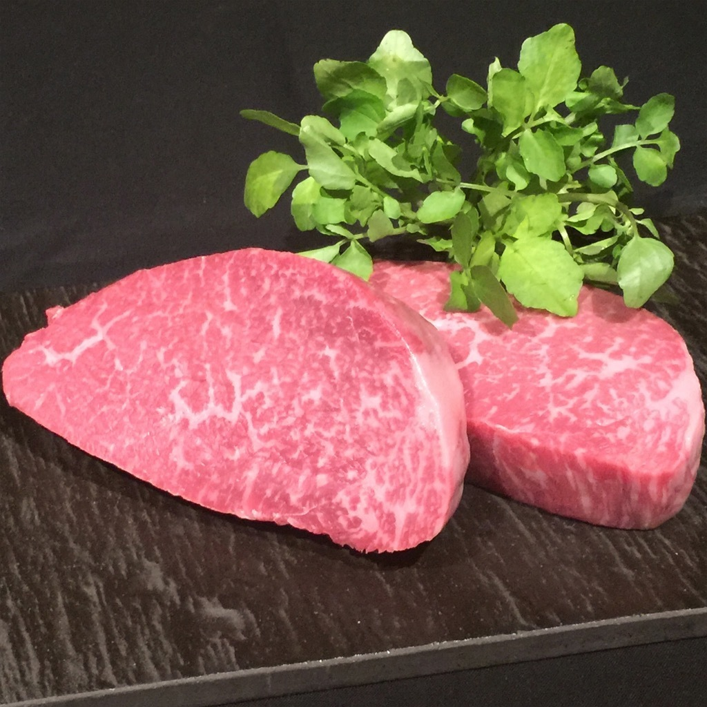 Super fine red steak (100 g)