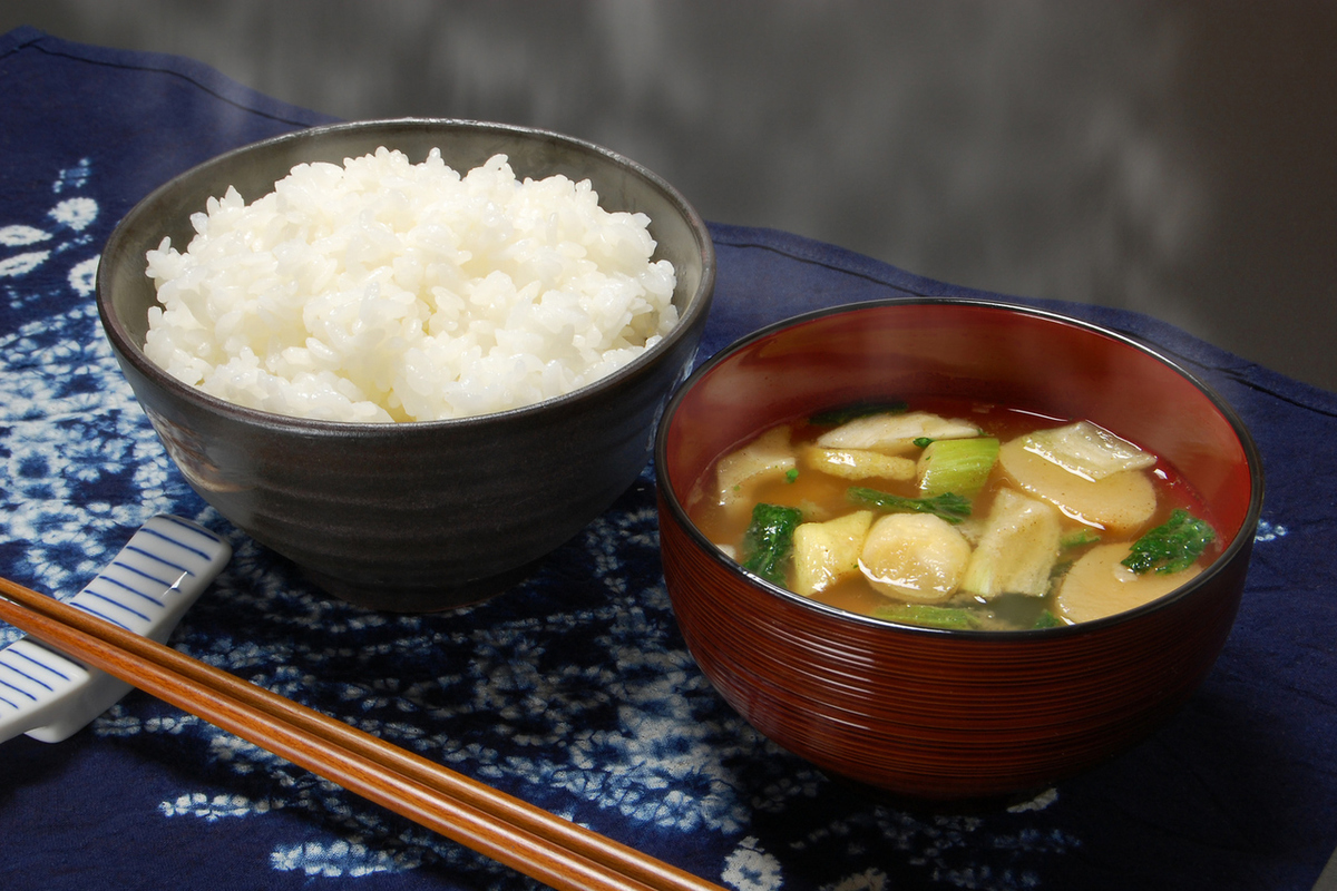 """How to order a set meal"" Rice, miso soup customs freedom!"
