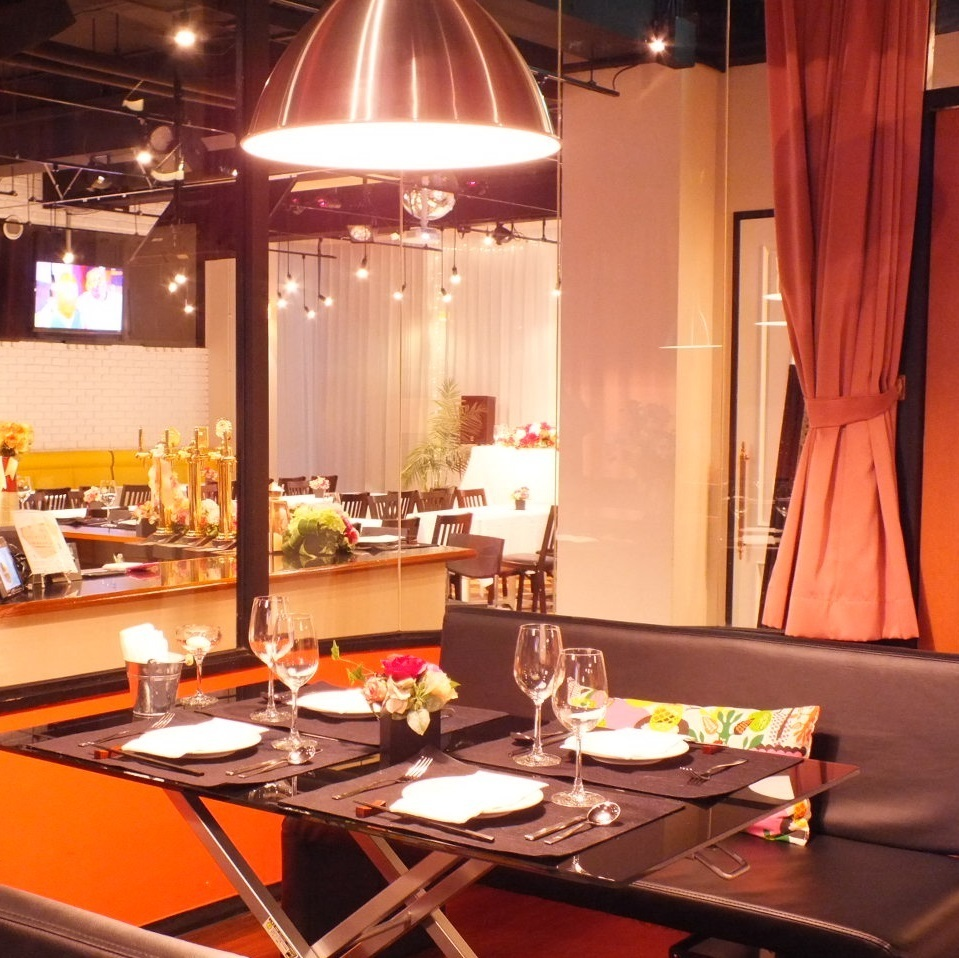 ■ VIP Room with Karaoke, Projector and Screen ■