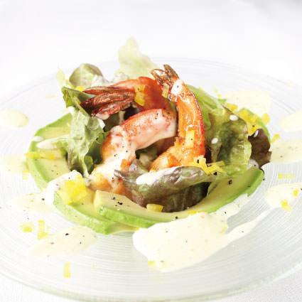 ·沙拉·蝦和鱷梨有光澤的沙拉〜菠蘿蛋黃醬