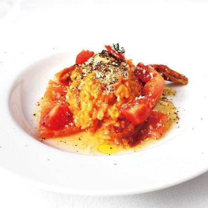 ·米飯·番茄和燉日本米飯