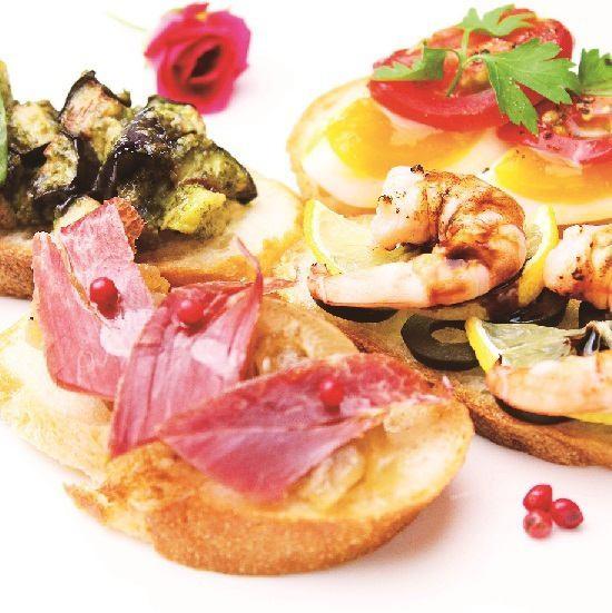 派對經典菜單【海鮮意式烤麵包】280日元